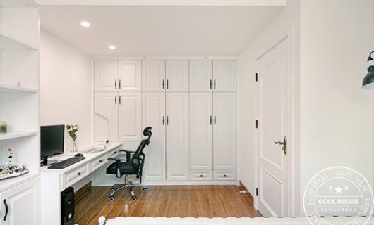易高家居:家具定制加盟需要考虑到哪些因素